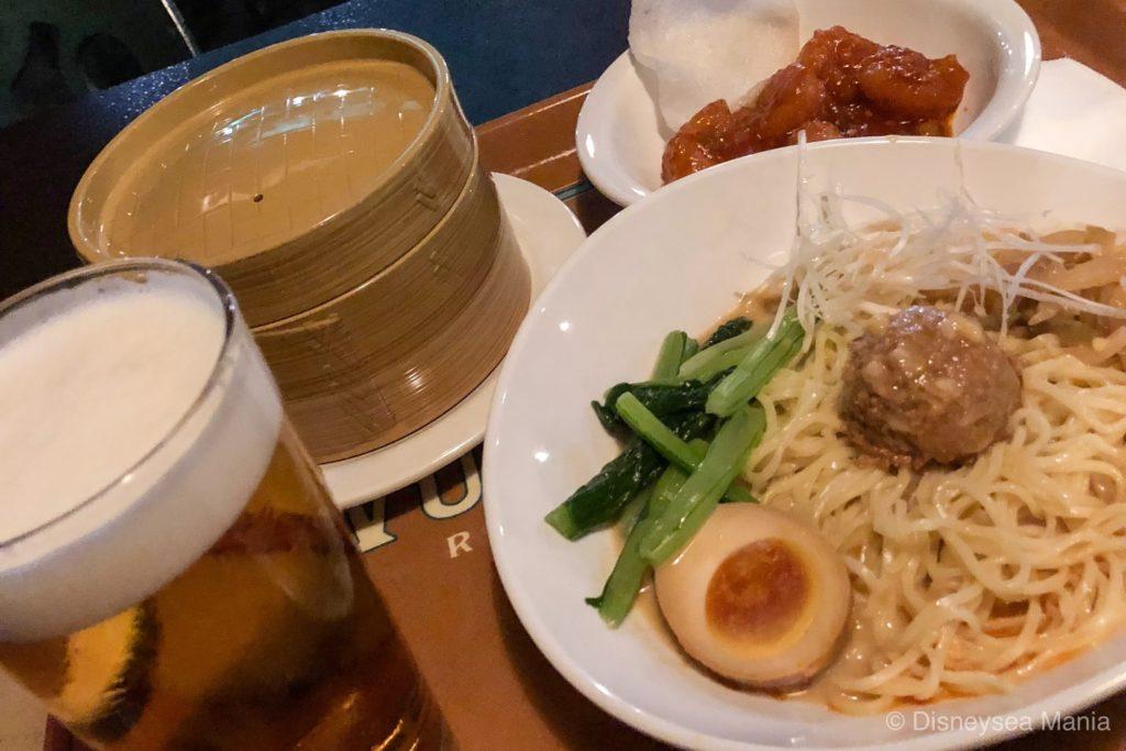 ヴォルケイニアレストランのつけ麺セットの画像
