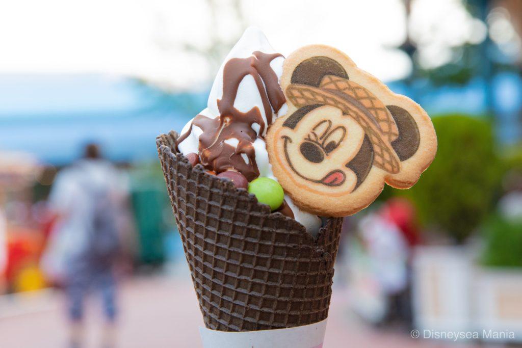 アイスクリームコーンのソフトクリームの画像(2019夏)
