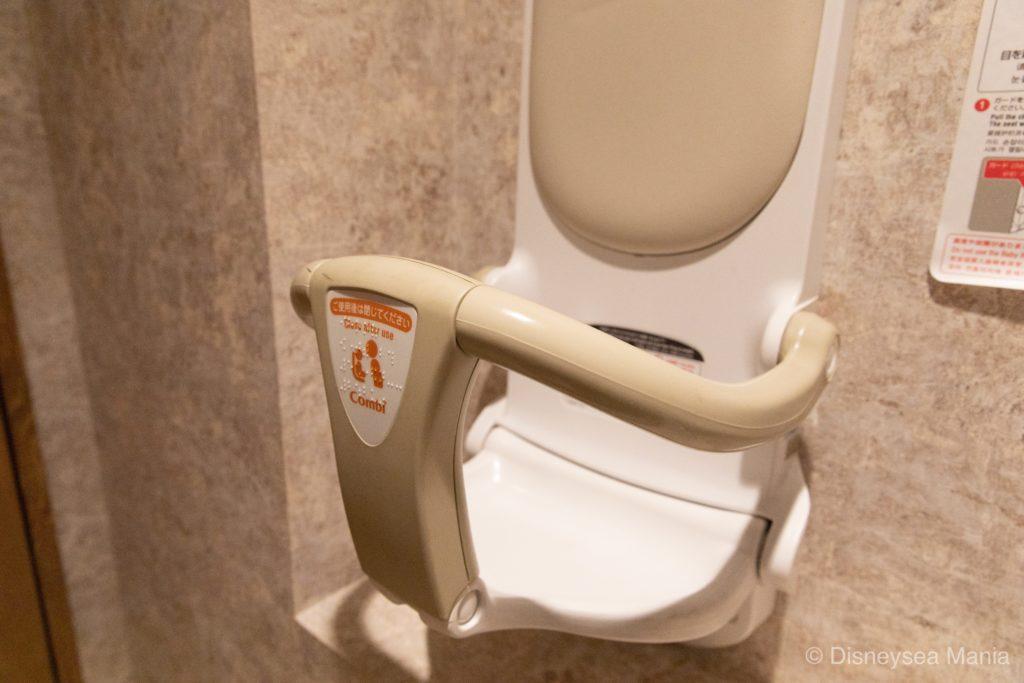 【変なホテル舞浜】朝食ブッフェ(ジュラシックダイナー)のトイレの画像