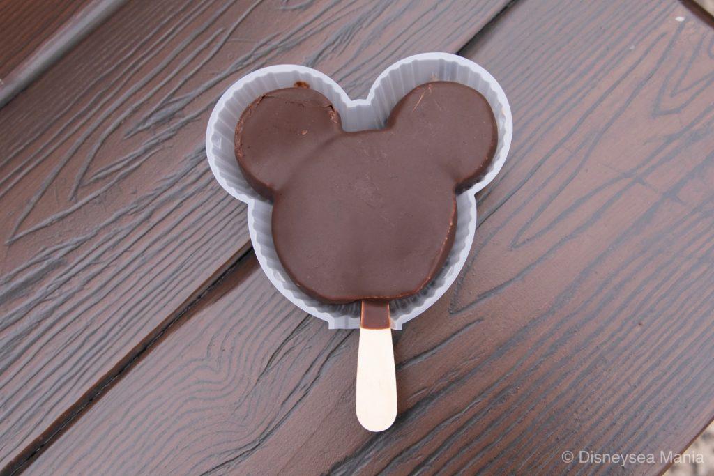 上海ディズニーのアイスMickey's Ice Cream Classic(チョコレート)の画像