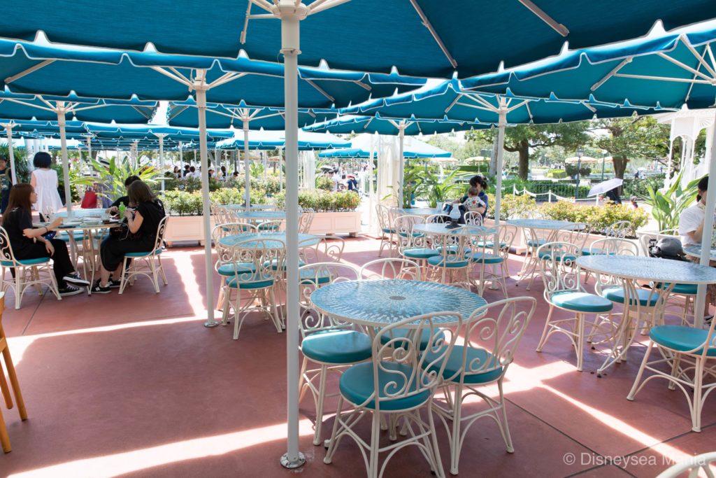 プラザパビリオン・レストラン @東京ディズニーランドのテラス席の画像