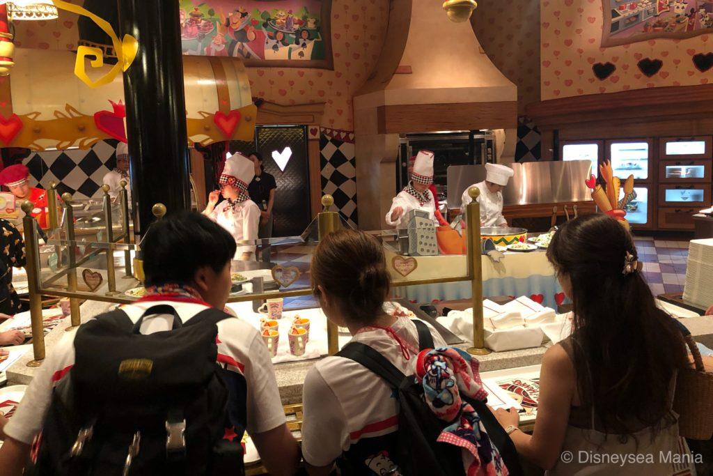 クイーン・オブ・ハートのバンケットホール @東京ディズニーランドの画像
