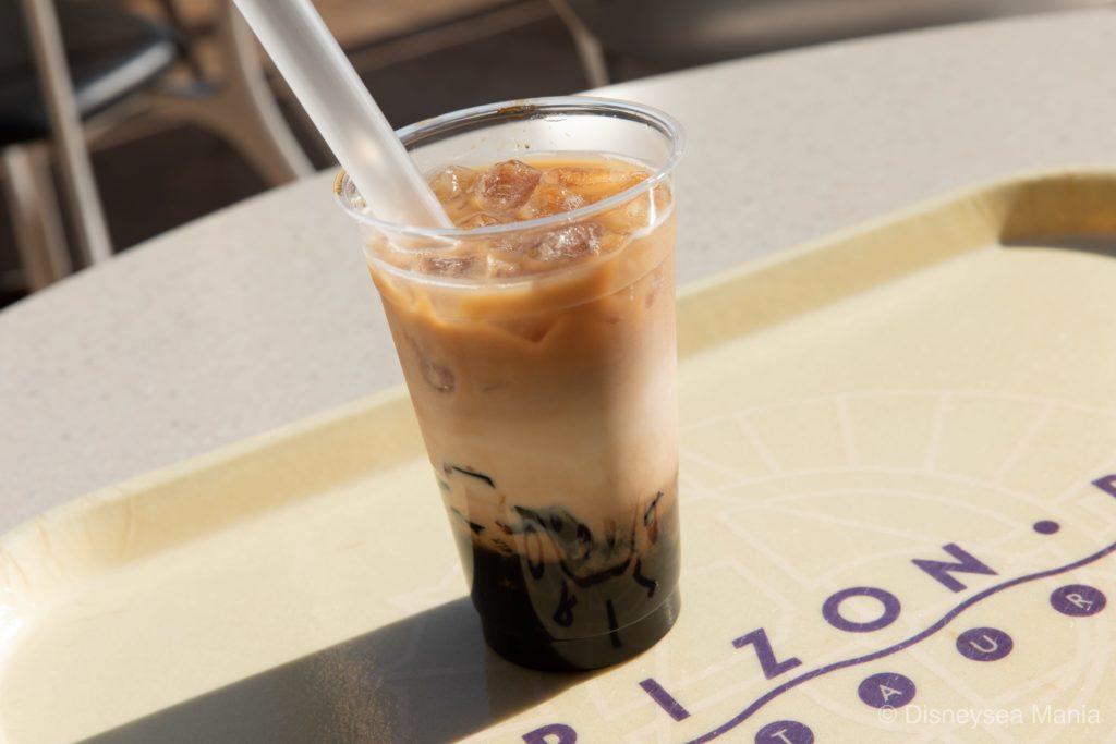 タピオカドリンク(ミルクコーヒー)(ホライズンベイ・レストラン@東京ディズニーシー)の画像