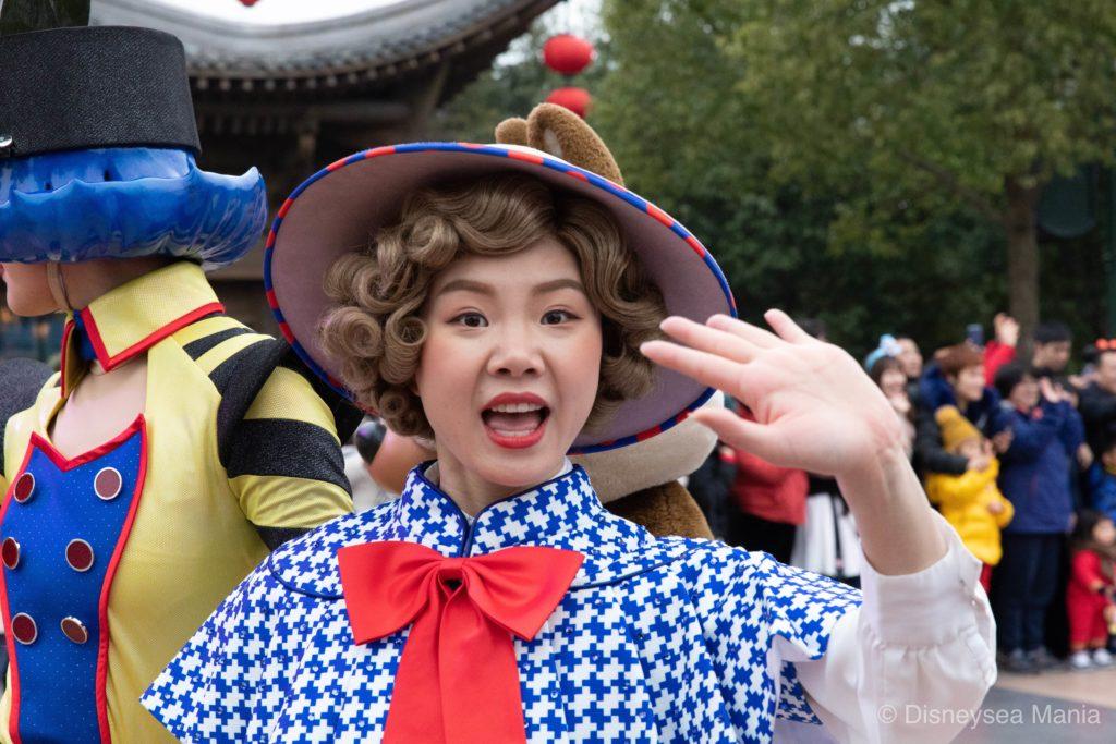 上海ディズニーランドのパレード「ミッキーのストーリーブック・エクスプレス」の写真