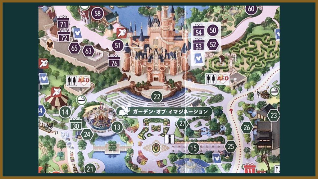 上海ディズニーランドの城前の地図の画像