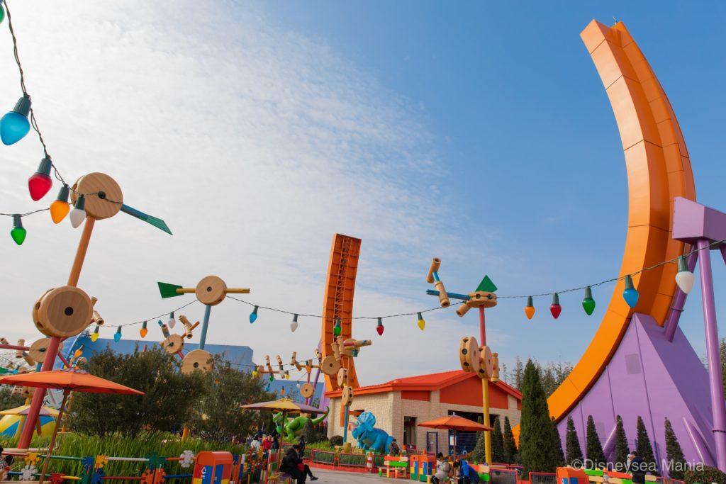 上海ディズニーランドのトイ・ストーリーランドの画像
