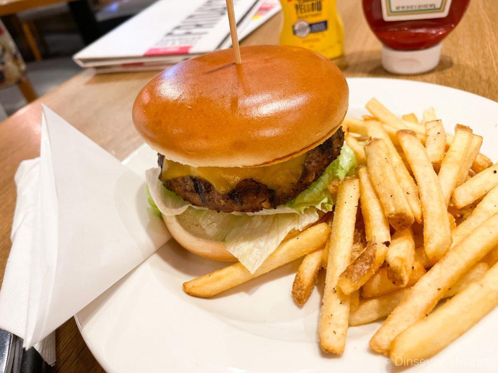 【イクスピアリ】TGIフライデーズのハンバーガーの画像