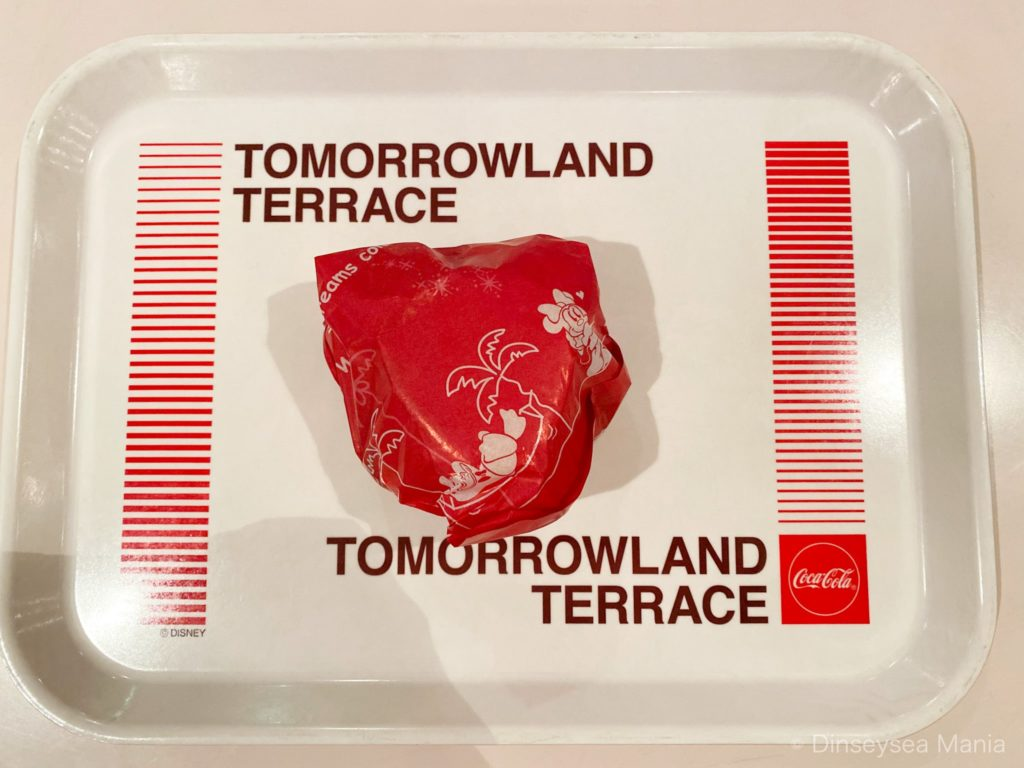 トゥモローランド・テラスのミッキーブレッドのハンバーガーの画像
